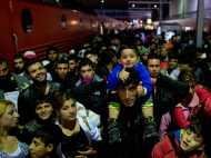शरणार्थियों ने डाली यूरोप में सरकारों और जनता के बीच फूट