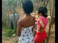 देखें तस्वीरें: इस गांव में लॉटरी के इनाम में पैसे की जगह मिलती हैं वर्जिन लड़कियां