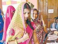 बिहार विधानसभा चुनाव 2015 : आखिरी चरण की वोटिंग खत्म, 4 बजे तक 55.90 फीसदी हुआ मतदान