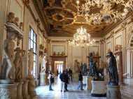 इटली के म्यूज़ियम की नग्न मूर्तियों को ढंकने से बच जायेगा इस्लाम?