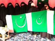 पाक दिवस पर श्रीनगर में पाकिस्तान के झंडे, क्या करेंगे पीएम मोदी