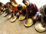 अब यूपी गरीब गर्भवती महिलाओं और कुपोषित बच्चों को मिलेगा हर रोज खाना