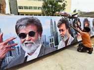 रजनीकांत फीवर: कबाली का टिकट नहीं मिला  तो लोगों ने फाड़े पोस्टर-बैनर