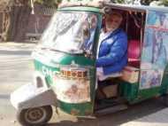 पूर्व ओलंपियन मुहम्मद आशिक लाहौर की सड़कों पर रिक्शा चलाने को हैं मजबूर, पढ़िए उनकी दर्द भरी कहानी