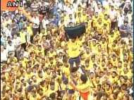 मुंबई: दही हांडी के आयोजकों ने नहीं माना सुप्रीम कोर्ट का आदेश, 40 फीट ऊंचा बना पिरामिड