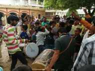 शहाबुद्दीन की रिहाई पर सीवान में मन रहा है जश्न,नाच गा रहे हैं लोग