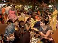 करवाचौथ से एक दिन पहले तक गुलजार रहे बाजार, सुहागिनों ने जमकर की खरीदारी