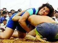 रिंग की असली 'सुल्तान': भारतीय बेटी ने कुश्ती में पुरुष प्रतिद्वंद्वी को दी मात