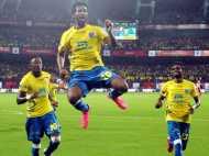 फुटबॉल : इंडियन सुपर लीग में केरल ने मुंबई टीम को 1-0 से हराकर खोला खाता
