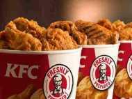 डिब्बा भरकर चिकन नहीं दिया तो महिला ने KFC पर किया 134 करोड़ रु. का केस