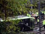 ट्राम पलटने से बड़ा हादसा, 7 लोगों की मौत, 50 घायल