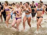 कोर्ट ने कहा मुस्लिम लड़कियों को नहीं दी जा सकती छूट, लड़कों संग तैराकी में लेने होगा भाग