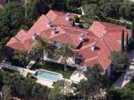 फुटबॉल खेलने की जगह नहीं, बेच रहे डेविड बेकहम अपना 208 करोड़ का मकान