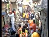 मुंबई: घर ढहने से पांच की मौत, मलबे से बाहर निकाले गए 12 लोग