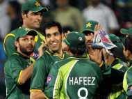 पाकिस्तानी क्रिकेटर ने होटल के कमरे में बुलाई लड़की, सिर्फ चेतावनी देकर छूटा
