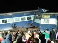 बड़ा हादसा: पटरी से उतरी कैपिटल एक्सप्रेस, 20 लोग जख्मी