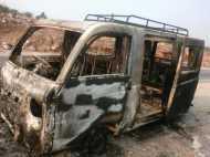 मिर्जापुर: सवारियों से भरी गाड़ी में अचानक लगी आग, जलकर हुई खाक
