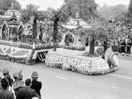 # R-Day: देखिए देश के पहले गणतंत्र दिवस का वीडियो, गर्व से सीना चौड़ा हो जाएगा