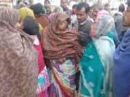 शाहजहांपुर: बेकाबू हुए ट्रक ने मां के साथ मासूम बेटे को कुचला, दर्दनाक मौत