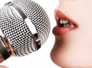 महिला क्लर्क से अफसर ने कहा,गाना सुनाओ, नहीं मानीं तो किया ट्रांसफर