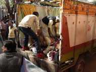 यूपी: भीषण सड़क हादसे में 7 लोगों की जान गई, 6 घायल