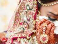 महाराष्ट्र शिक्षा बोर्ड का 'समाजशास्त्र', दहेज प्रथा की वजह 'बदसूरत लड़कियां'