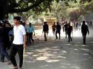 वाराणसी: बीएचयू में छात्रों का बवाल, पथराव, तोड़फोड़