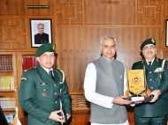 शिमला: कर्नल बी एस नगियाल ने की राज्यपाल से मुलाकात