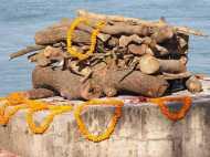 कर्नाटक में अंतिम संस्कार से पहले हिलने लगा 'मुर्दा', उड़ गए लोगों के होश