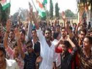 इलाहाबाद: इविंग क्रिश्चियन कॉलेज में भगत सिंह की प्रतिमा लगाने को लेकर हालात बिगड़े, परीक्षाएं स्थगित