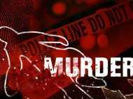 खौफनाक: बाप के खून से बेटे ने खेली होली, मां पर भी जनलेवा हमला