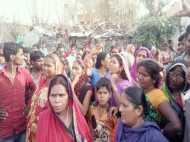 गुजरात की तर्ज पर मोदी की काशी में उठी शराबबंदी की मांग, शहर से लेकर गांव तक महिलाओं का प्रदर्शन