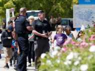 अमेरिका: स्कूल में घुसे हमलावर ने क्लास में महिला टीचर को मारी गोली, दो छात्र घायल