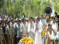 शहीद मनोज कुमार का घर पहुंचा पार्थिव शरीर, पूरे राजकीय सम्मान के साथ दी गई अंतिम विदाई