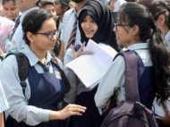CBSE ने स्कूलों को लगाई फटकार, कहा- परिसर में न बेंचे जाएं यूनिफॉर्म और किताबें