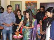 दिल्ली में शुरू हुई सिर्फ महिलाओं के लिए बनीं फैमिना आर्ट गैलरी