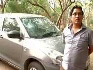 JNU के प्रोफेसर ने सुकमा और कुपवाड़ा के शहीदों को दी श्रद्धांजलि तो तोड़ दी उसकी कार