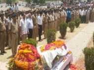 जवाहर बाग कांड: चश्मदीद ने दिया नया मोड़, शहीद एसपी सिटी और एसओ को मारी गई गोली चलाई थी पुलिस ने!
