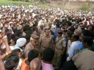 इलाहाबाद: महज 5,000 रुपयों की खातिर बिक गई यूपी पुलिस, होने दीं चार हत्याएं!