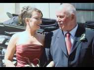 मरते हुए पिता को बचाने के लिए बेटी ने पिता को पिलाया 'ब्रेस्ट मिल्क'
