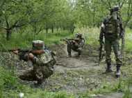 पुलवामा के त्राल में सेना की पेट्रोल पार्टी पर फायरिंग, सेना ने इलाके को घेरा