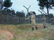 पाकिस्तान सेना ने खुद को बताया एक प्रोफेशनल आर्मी, पुंछ की घटना से झाड़ा पल्ला