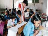यूपी के शिक्षकों के लिए खुशखबरी, 13 हजार तक बढ़कर मिलेगा वेतन