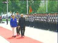 पीएम मोदी के जर्मनी दौरे का आज दूसरा दिन, बर्लिन में हुआ राजकीय सम्मान