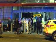 इंग्लैंड में आतंकी हमला: मैनचेस्टर एरेना में एक पॉप कॉन्सर्ट के दौरान कई धमाके, 22 की मौत, 50 घायल