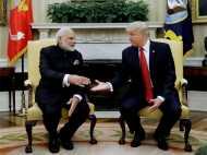 मोदी ने मेलानिया को दी कश्मीर की शॉल, तो ट्रंप ने PM को घुमाया व्हाइट हाउस
