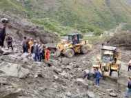 चीन में भूस्खलन, 100 से ज्यादा लोगों के जिंदा दफ्न होनें की आशंका