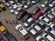 रहते हैं दिल्ली में और रखते हैं एक से अधिक कार तो आपके लिए है बुरी खबर