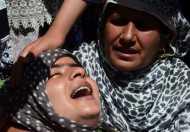 क्यों जान जोखिम में डाल रहे हैं आम कश्मीरी?