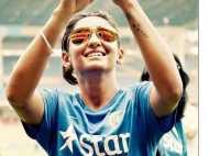टीम इंडिया की 'ग्लैमरस गर्ल' टशन मारने में भी सबसे आगे, देखें तस्वीरें